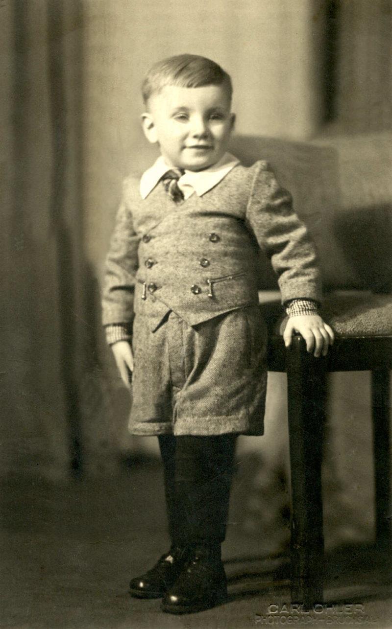 1941_Robert